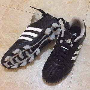 NWT Adidas soccer cleats
